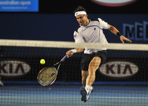 Обводящий удар в большом теннисе
