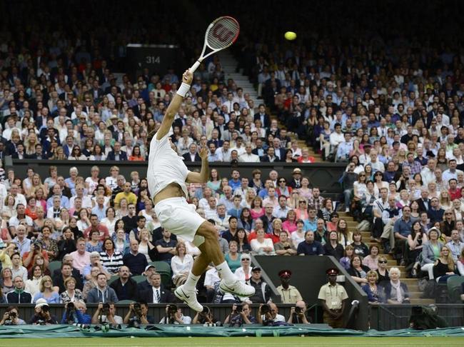 Удар над головой (смеш) в большом теннисе