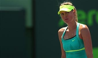 Мария Шарапова в финале турнира Madrid Open уступила Серене Уильямс