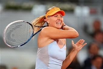 Мария Шарапова выиграла первый сет у Сабины Лисицки
