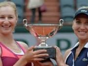 Веснина и Макарова одержали победу на турнире Ролан Гаррос в парном разряде