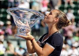 Доминика Цибулкова выиграла турнир в Стэнфорде