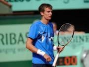 Кузнецов уступил Лопесу во втором круге турнира в Гштааде
