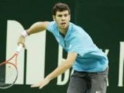 17-летний Хачанов не смог справится с 34-летним Карловичем на турнире в Москве