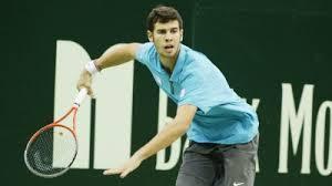 17-летний Хачанов не смог справиться с 34-летним Карловичем на турнире в Москве