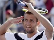 Михаил Южный вышел в четвертьфинал турнира в Валенсии