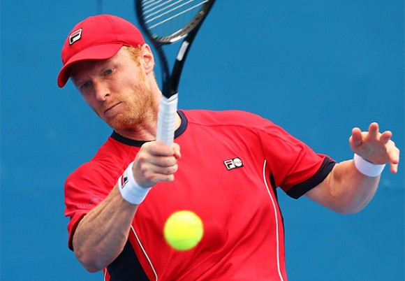 Дмитрий Турсунов уступил в полуфинале турнира ATP в Сиднее