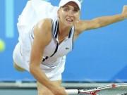 Елена Веснина проиграла в 1/4 финала турнира WTA в Паттайе