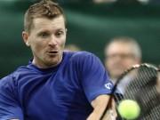 Алекс Богомолов стартует на турнире в Майами в поединке со Стефаном Робером