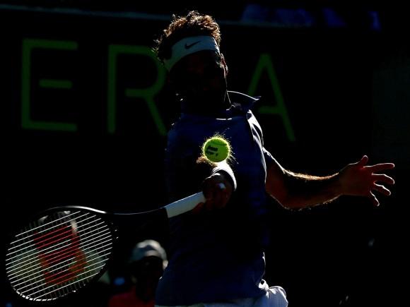 Фото дня: удар Роджера Федерера в Майами