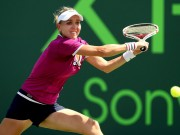 Елена Веснина вышла в третий раунд турнира в Майами