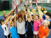 Теннисисты поздравляют всех с Международным теннисным днем