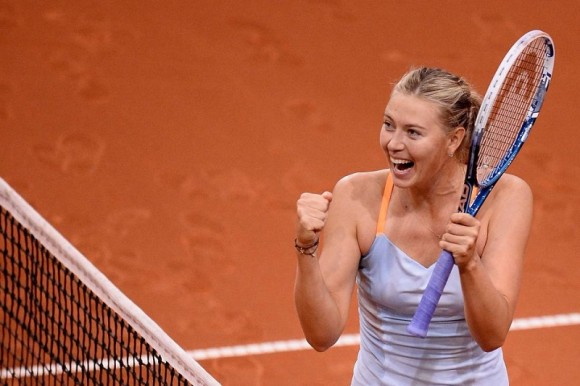 Мария Шарапова обыграла Иванович и выиграла турнир в Штутгарте