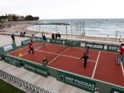 Отличная реклама мини-тенниса с участием Роджера Федерера