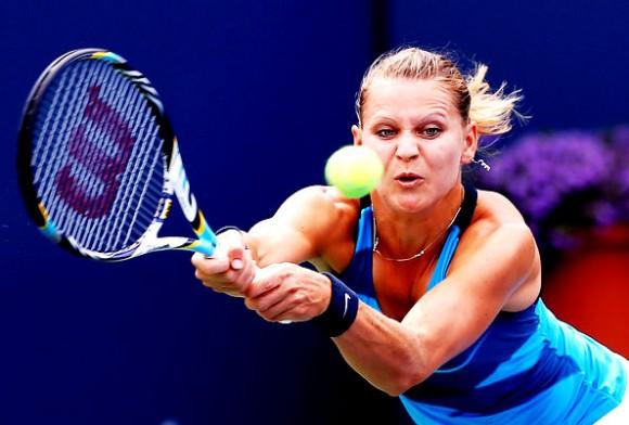 C 2002 года Луция Шафаржова играет профессионально