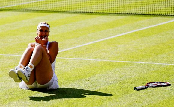 Немецкая теннисистка радуется выходу в полуфинал Уимблдона