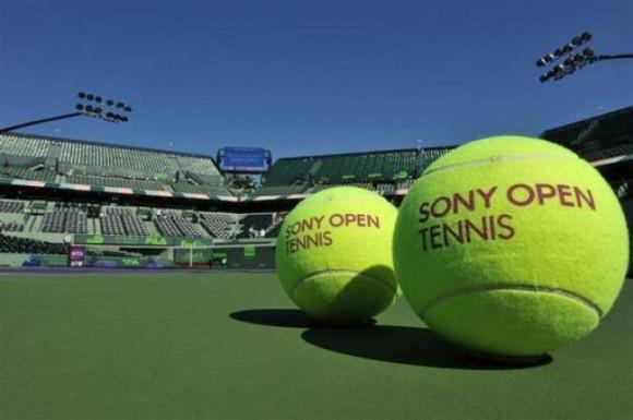 Теннисисты хотят больше призовых денег